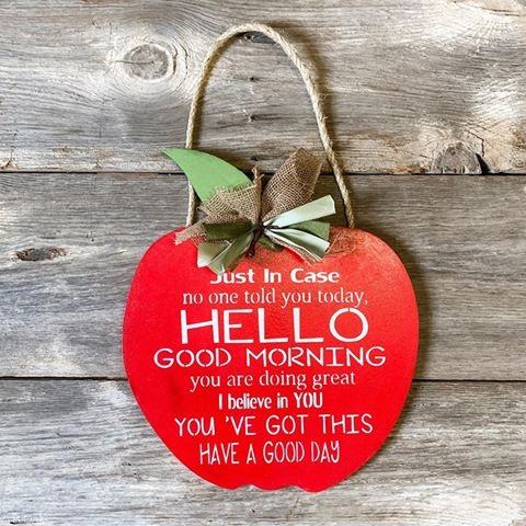 Apple Door Hanger