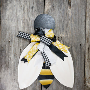 Bee Door Hanger