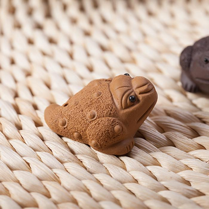 Small Handmade Yixing Purple Sand Mini Tea Pet Toad Ornaments Free Shipping