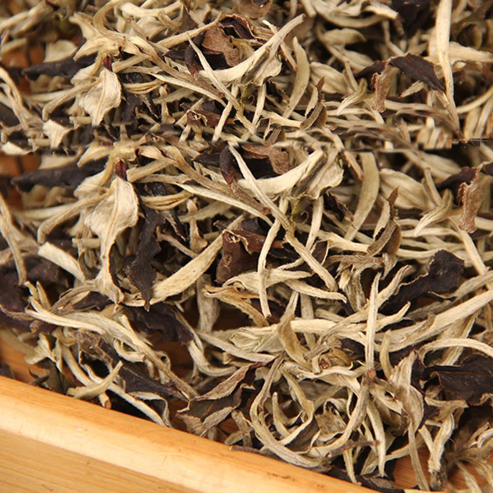 Yunnan  Tea Moonlight White One Bud and One Leaf Tea Moonlight Beauty White Tea 200g