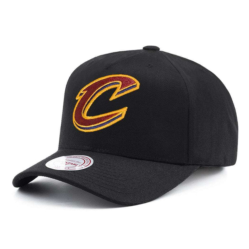 Cleveland Cavaliers Mitchell & Ness NBA 110 Logo Snapback Hat - Black