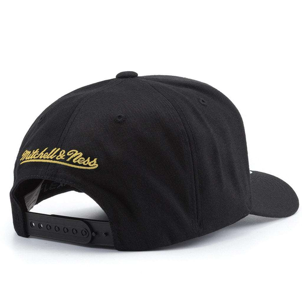 d625ec04 Pittsburgh Steelers Mitchell & Ness NFL 110 Throwback Logo Snapback Hat -  Black