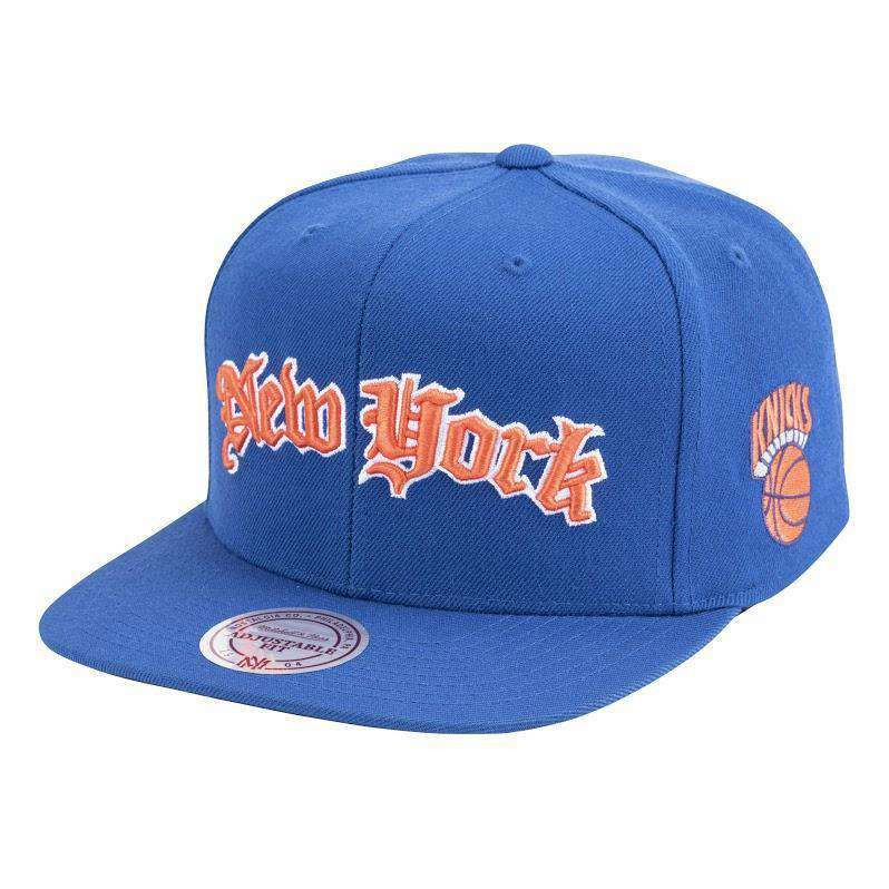 New York Knicks Mitchell & Ness NBA Faded Gothic Snapback Hat - Blue