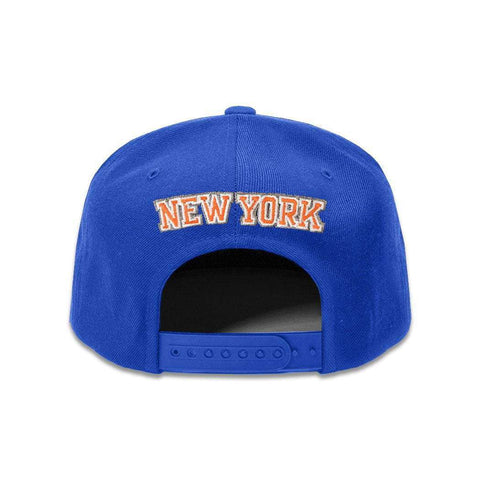 Youths New York Knicks Outerstuff Team NBA Snapback Hat - Blue