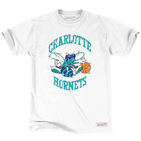 Charlotte Hornets Mitchell & Ness NBA Distressed HWC T-Shirt - White