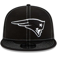 New England Patriots New Era NFL 2019 Sideline Road Black & White 9FIFTY Snapback Hat