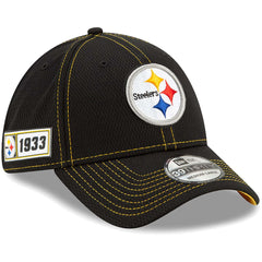Pittsburgh Steelers New Era NFL 2019 Sideline Road 39THIRTY Stretch-Fit Curve Hat - Black