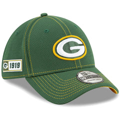 Green Bay Packers New Era NFL 2019 Sideline Road 39THIRTY Stretch-Fit Curve Hat - Green