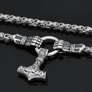 Handmade Thor's Hands Holding Mjolnir Necklace - Kings Chain – True