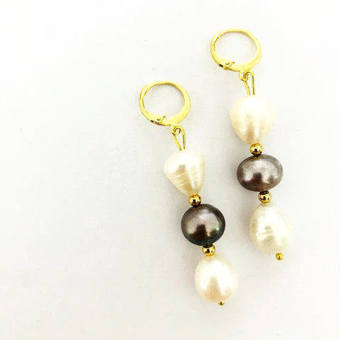 Black & White Baroque Pearls Earrings