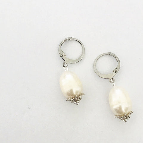 White Baroque Pearls Earrings SHW