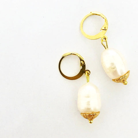White Baroque Pearls Earrings GHW