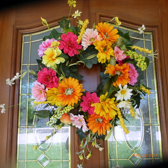 Wreaths - Door Swags - Wall Pockets
