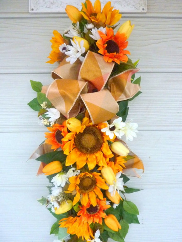 Summer Sunflower door swag, Spring wreath, Door swag, Front door decor, Farmhouse decor - Julie Butler Creations