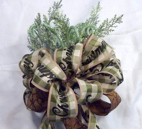 Farmhouse tree topper, Green and white Ribbon Tree topper, Bow Tree Topper, Christmas tree topper, Christmas decorations