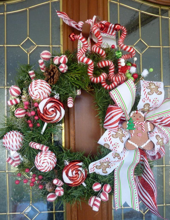 Gingerbread Man Wreath - Christmas Decorations - Holiday decorations - Candy wreath