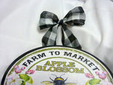 Bee sign - wood plaques- Farmhouse decor - Farm to market Honey sign