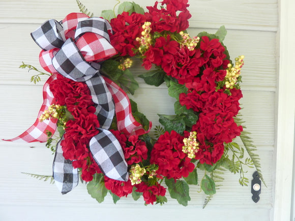 Red Geranium Wreath - Farmhouse wreaths - door wreath - Front door decor