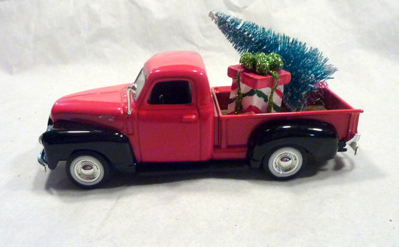 Red metal Truck decorations, Diecast truck decor, Christmas Truck decorations, Metal truck, Farmhouse truck decor