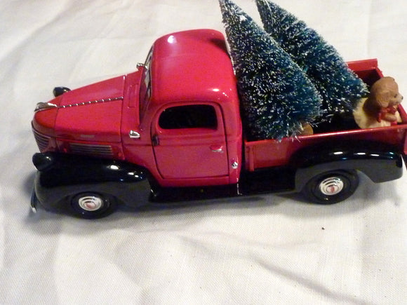 Red and Black Farmhouse Truck, 8 inch Diecast truck decor, Christmas Truck decorations, Metal truck, red truck decor