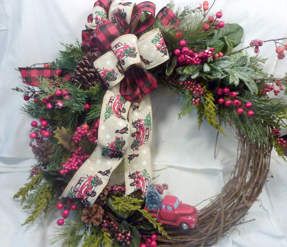 Red truck Christmas Wreath - Christmas Decorations - Holiday decorations - Farmhouse Christmas