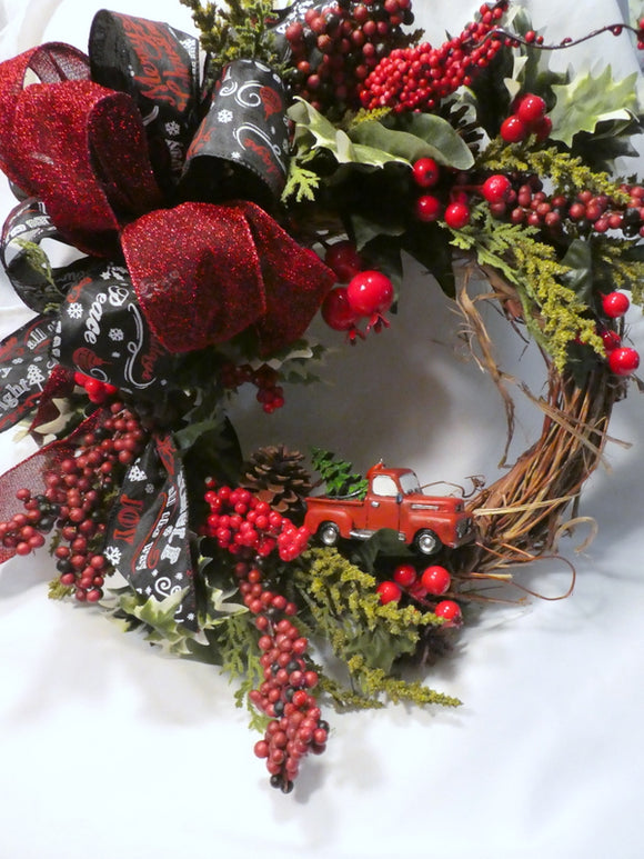 Red truck Wreath - Christmas Decorations - Christmas wreath