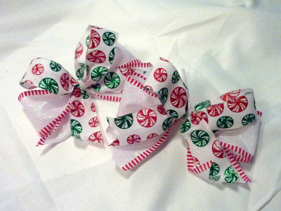 Red and Green Glittered Christmas tree bows, set of 8 bows, Christmas tree decorations