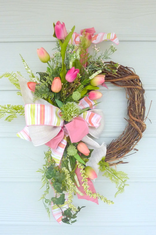 Tulip Wreath - wreaths - Summer wreath - Front door wreath - Mothers day gift - Pink tulip wreath