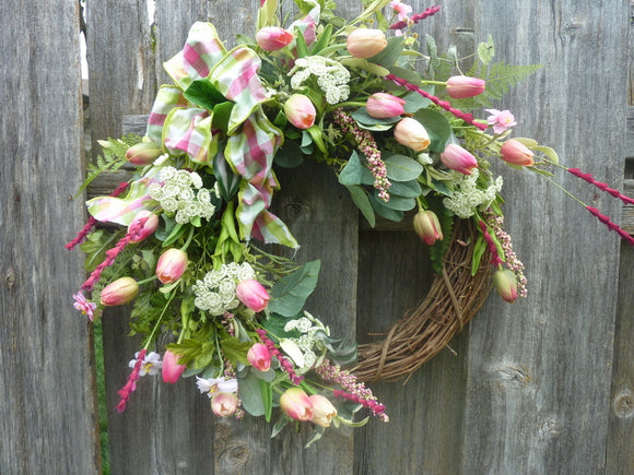 Spring Tulip Wreath - wreaths - Summer wreath - Front door decor -Mothers day gift - Pink wreath - door wreath - fron
