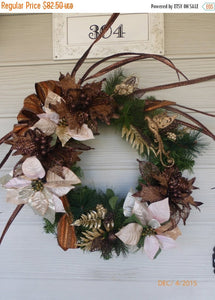 Christmas Wreath - Christmas Decorations - Holiday Door Decor - Holiday wreaths - Julie Butler Creations