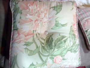 Decorative Throw Pillow - sofa pillows - Designer fabric - Waverly pillows - Julie Butler Creations