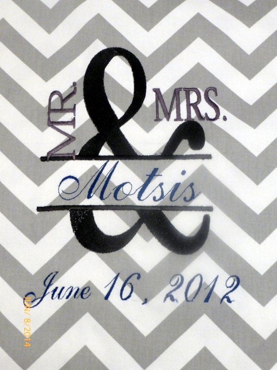 Embroidered Wedding pillow cover - Mr. an Mrs. pillow - Monogrammed pillow cover