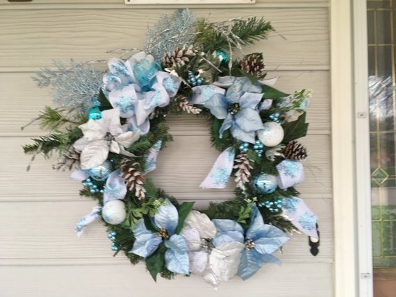Christmas Wreath in Blue and White - Christmas Decorations - Wreaths - Julie Butler Creations