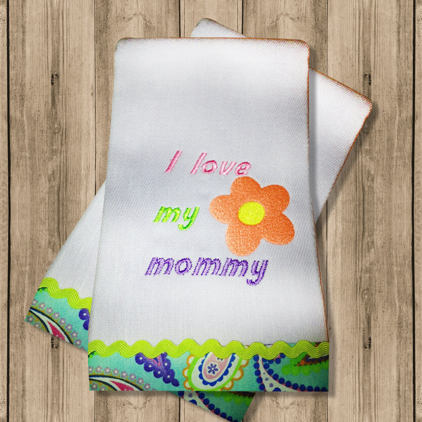 "Pañito de Bebe ""I Love Mommy"""