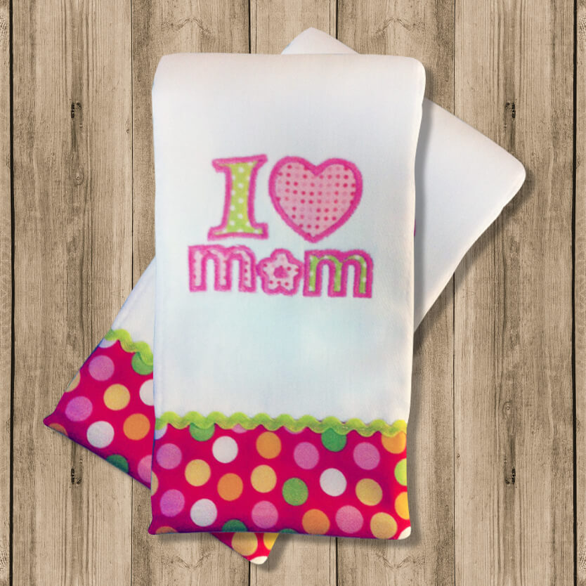 "Pañito de Bebe ""I Love Mom"""