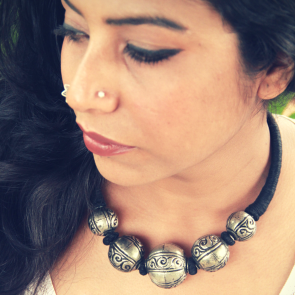 Silver Toned Engraved Ball Hasli Necklace