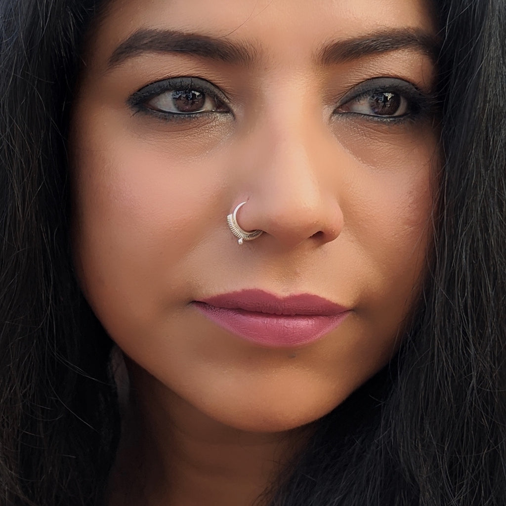 Wire & Dot Nose Ring / Septum