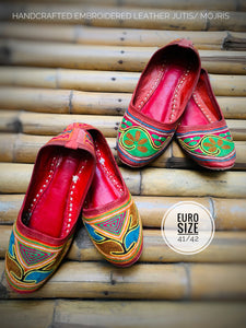 Embroidered Leather Mojri/ Jootis
