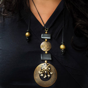 Reimagined Brass Lac & Wd Necklace