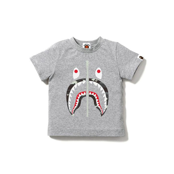 CITY CAMO SHARK TEE KIDS GRAY (GLOW IN THE DARK)