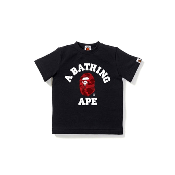 COLOR CAMO COLLEGE TEE KIDS BLACK RED