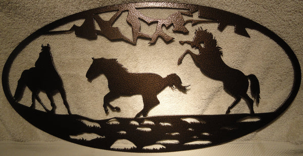 3 Horse Oval Scene Metal Wall Art
