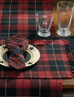 Seasons Winter Plaid Table Linen Sets