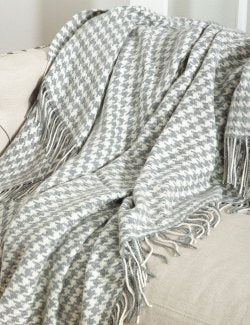 Wool Blend Houndstooth Throw