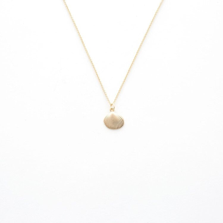 Gold Shell Pendant Necklace