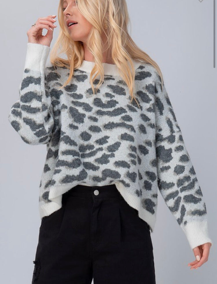 Lonny Leopard Sweater in Grey