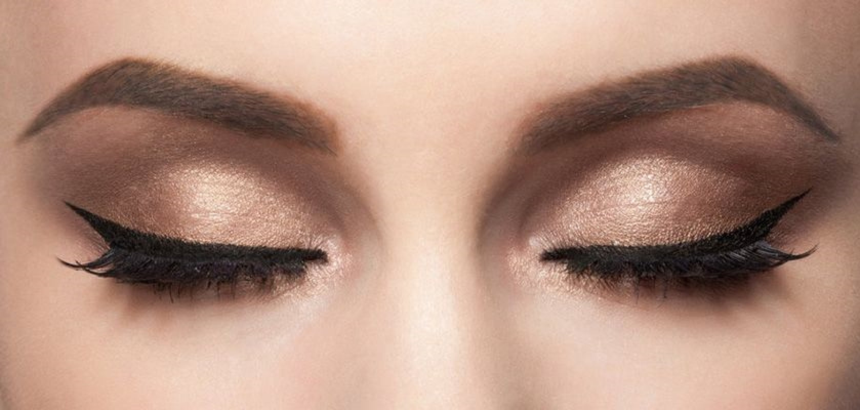how to do winged eyeliner