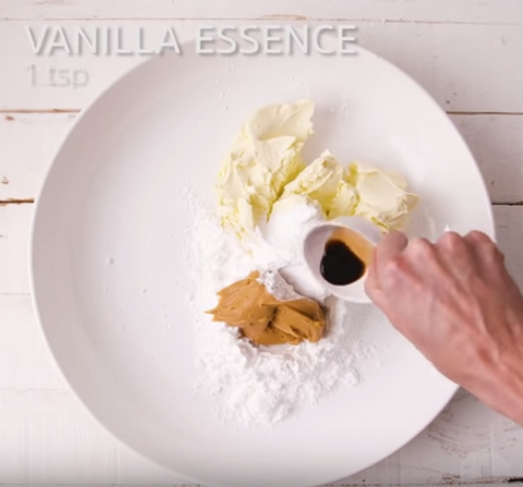 1 Teaspoon Vanilla Essence