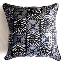 Load image into Gallery viewer, Black & White Foulard 20x20 Pillow Cover