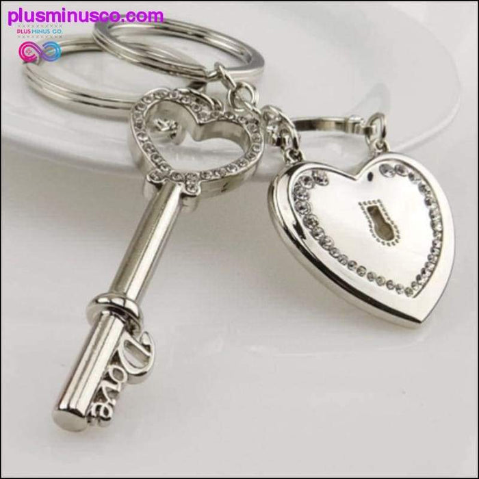 Heart Key Ring Silver Color Key Chain Valentine's Day gift 1 - Plus Minus Co.